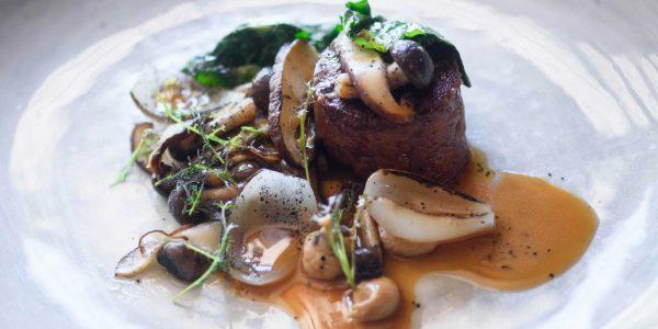 Lamouette-Restaurant-meat-dish-1030x688